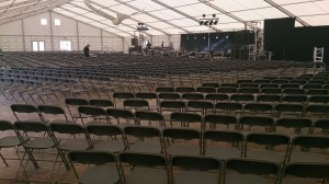 Concert for 1,500 guests with Linking Folding Chairs. No cable ties necessary !!!